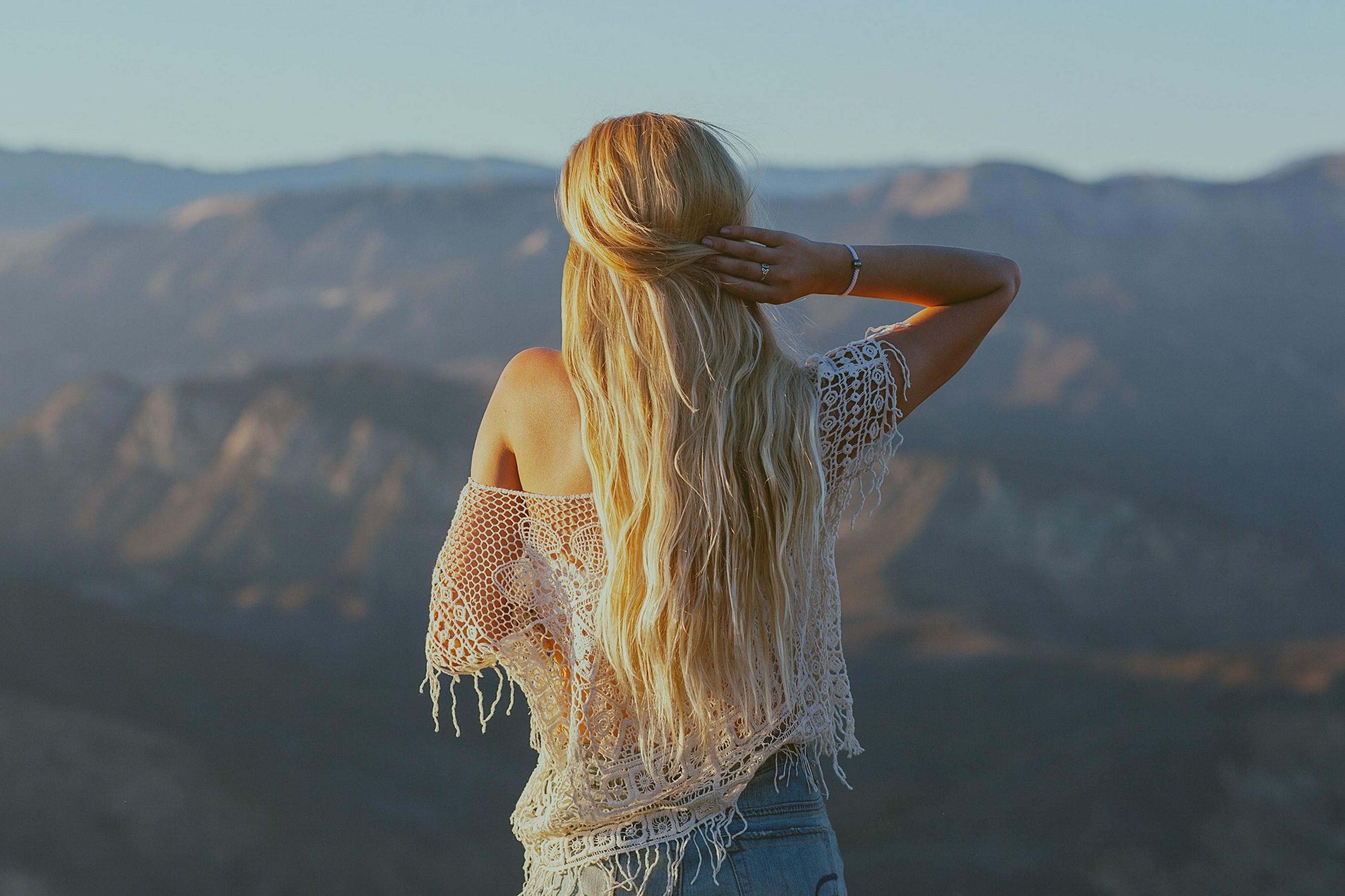 Красивые картинки с девушками со спины блондинки