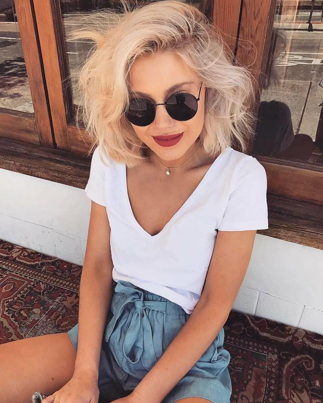 Девушка с каре блондинка картинки