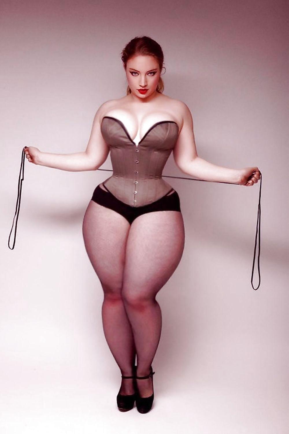 Фото толстушки с широкими тазами