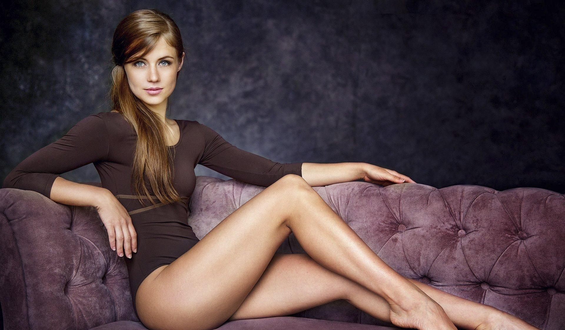 Девушка красивые ноги