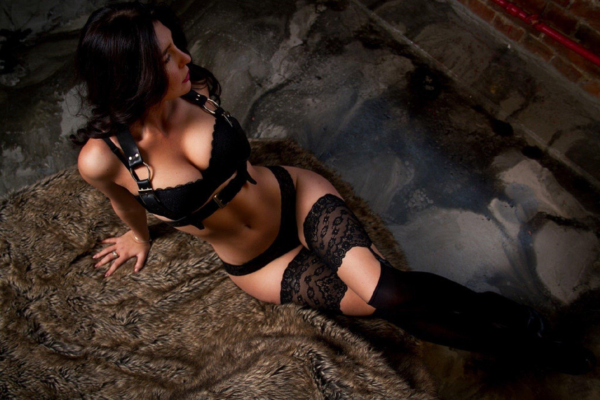 Индивидуалки фото тела проститутка тэя