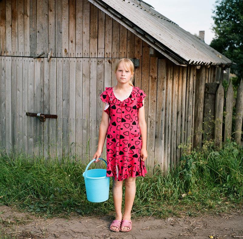 фото жон в селе состав входят