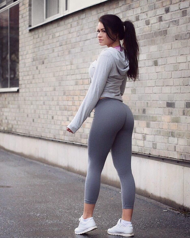 менее картинки в обтягивающих штанишках ожидать