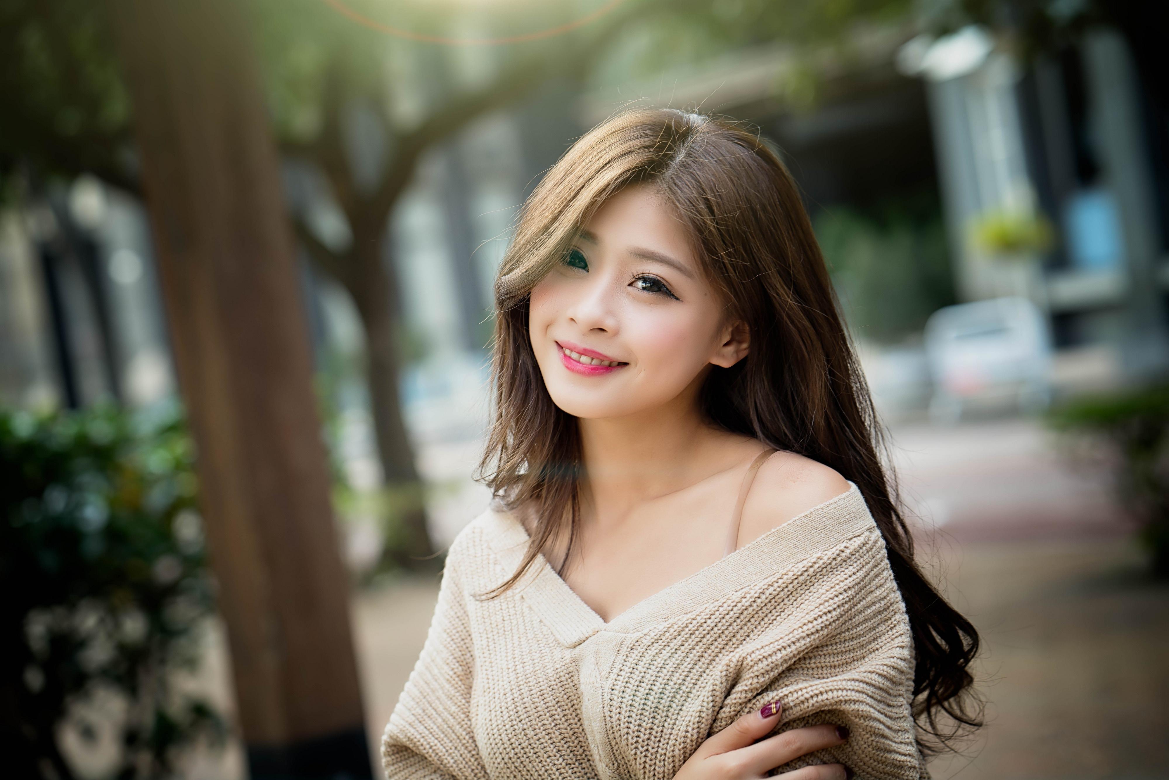 тут фото азиаток проф дорогой