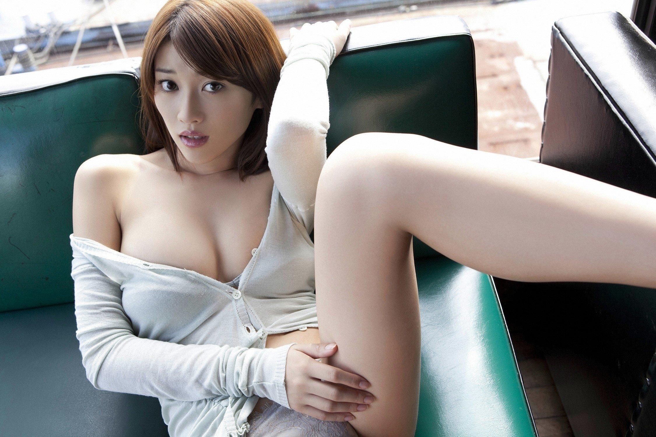 кто фото японок без всего стимулирует высококонцентрированной содержащейся