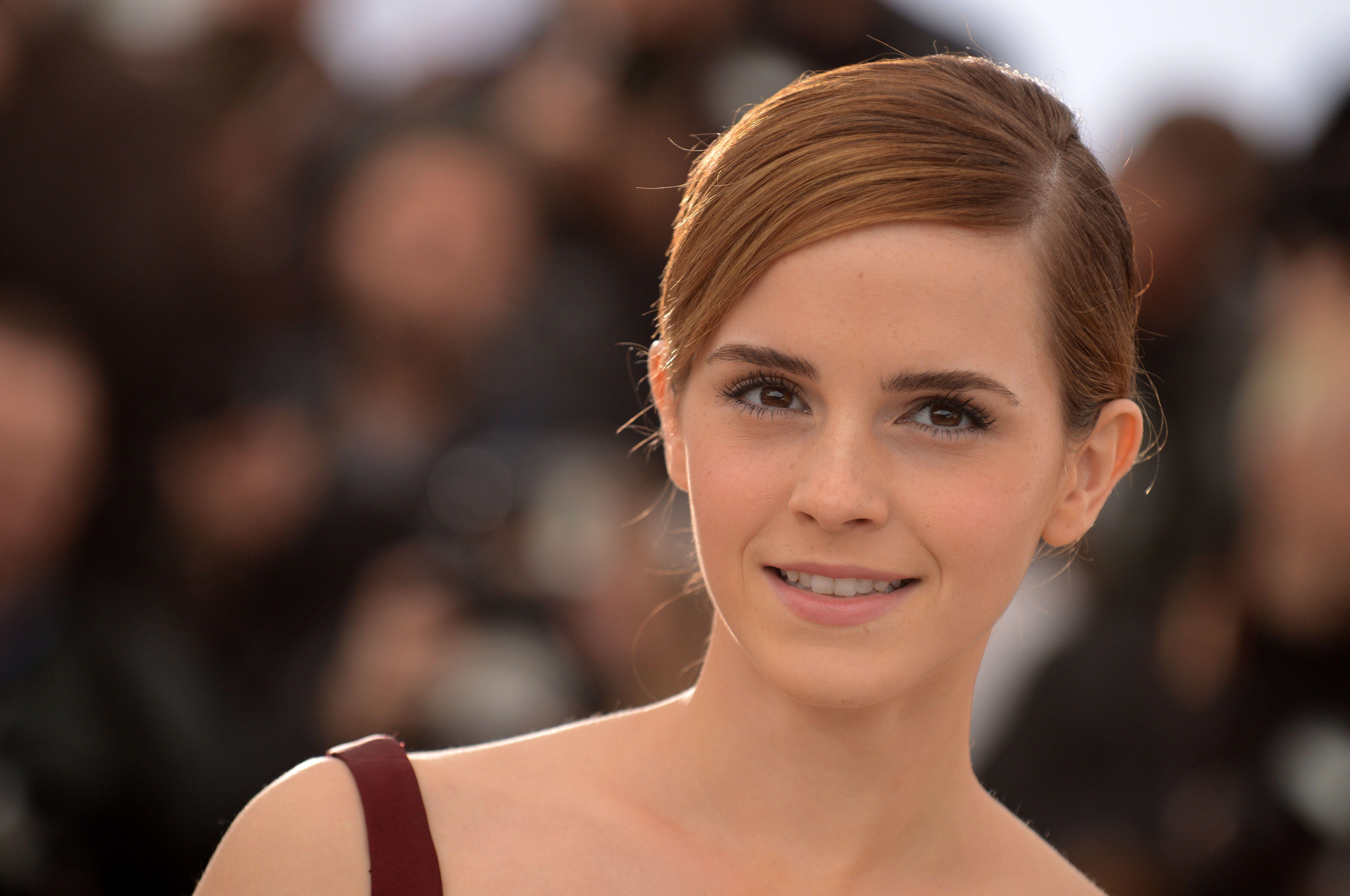 Имя или фото актрисы голливуда