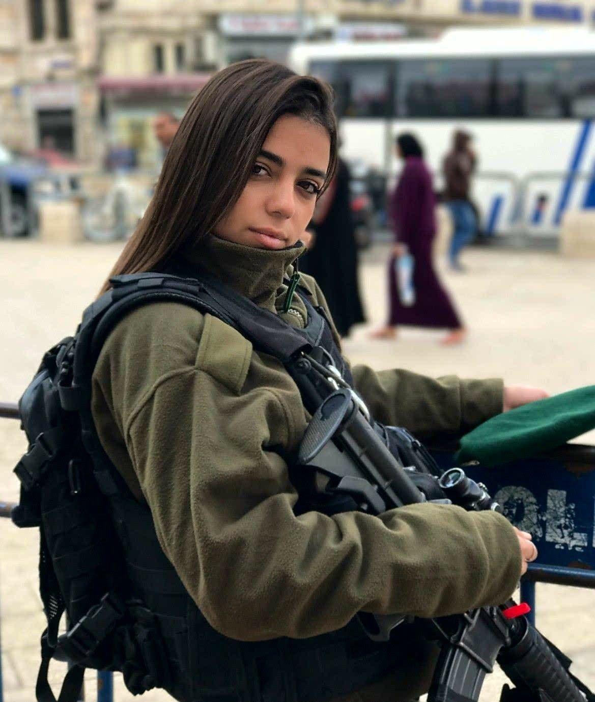 Израильская девушка картинки