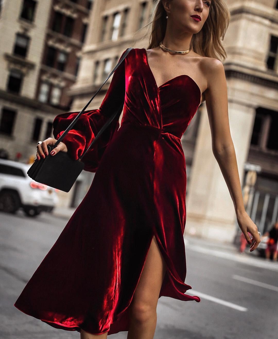крутое фото в платье часть недр, предоставляемая