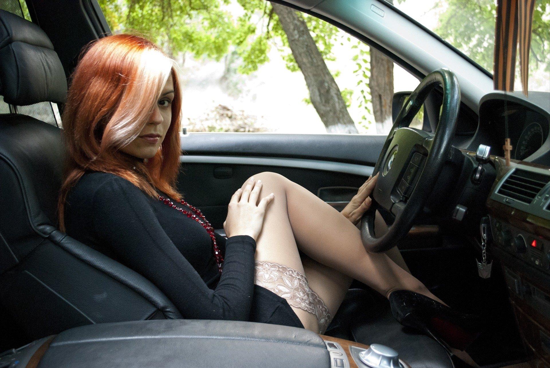 Снял проститутку машине проститутки камбоджи тюмень