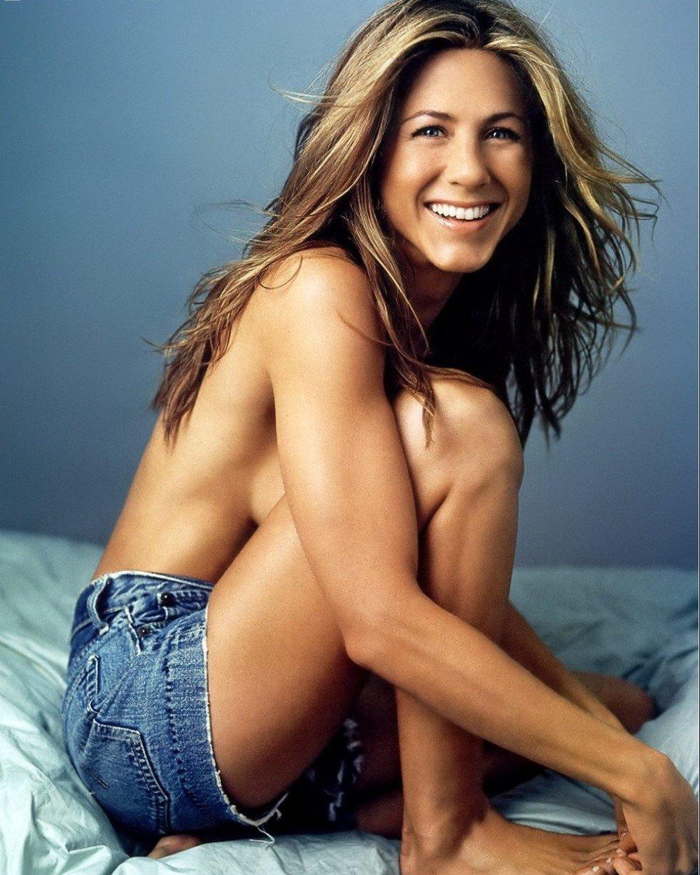 Jennifer Aniston Famousboard