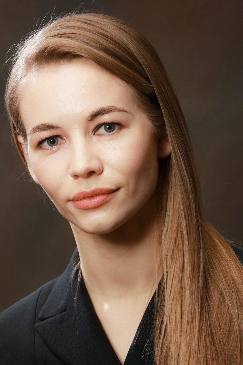 Светлана Устинова актер